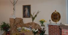 Kaplica Matki Bożej Miłosierdzia w Domu dla Niepełnosprawnych w Piekoszowie