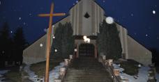 Dekoracja kościoła NMP Królowej Świata w Brzezinkach